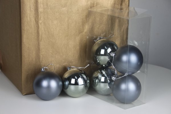 Anthracite Baubles by Masons Home Decor Singapore (3)