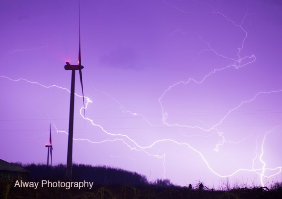 lightning_storm_april_12_2014_riverton_township_wind_turbine