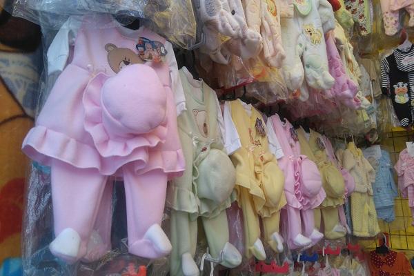 72849ef43 Las calles del Centro Histórico donde venden ropa barata