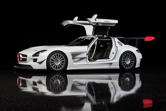 Mercedes AMG GT3 2011