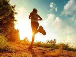 ¿Qué deportes puedo realizar con una prótesis de cadera recomendaciones