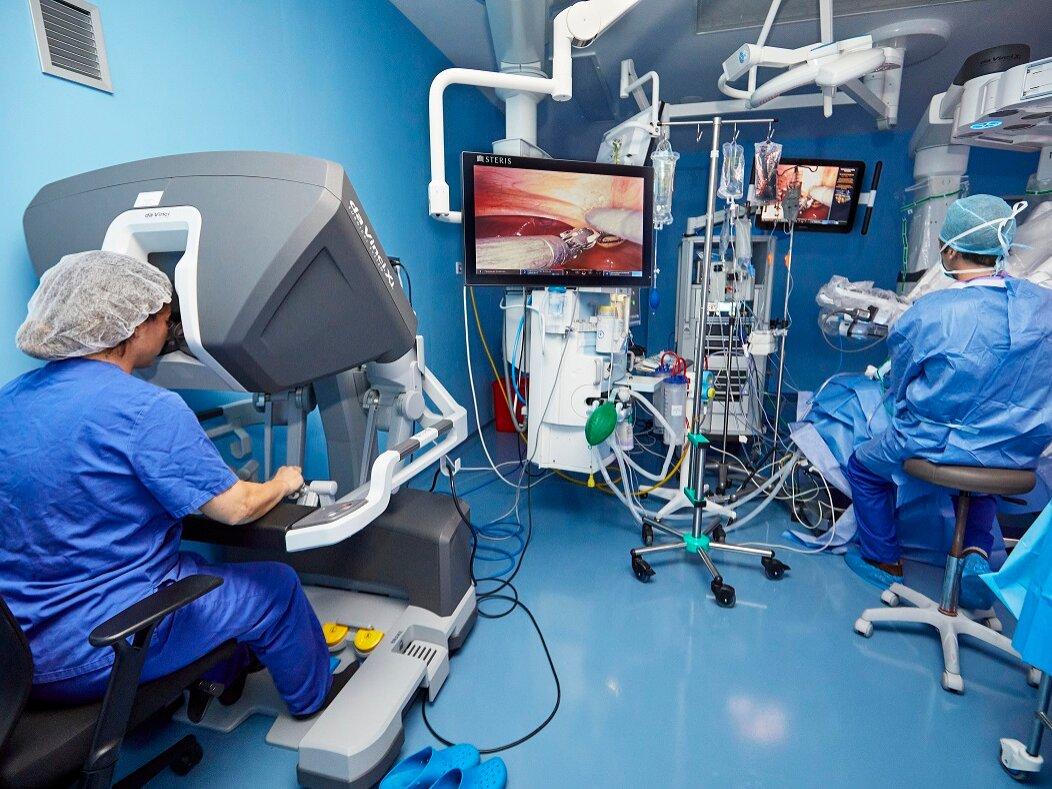El robot quirúrgico da Vinci IMED Valencia supera las 100 intervenciones