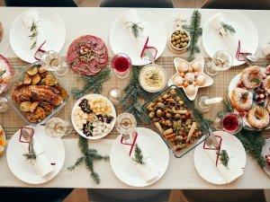Claves-para-evitar-los-kilos-de-mas-y-empachos-navidenos