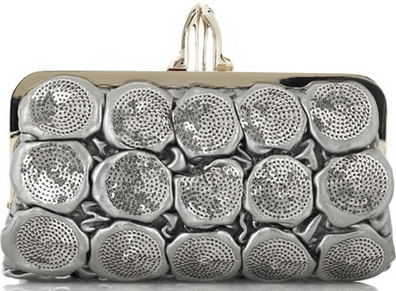 bolso plata Christian-Louboutin-Carillon-Quilted-Clutch