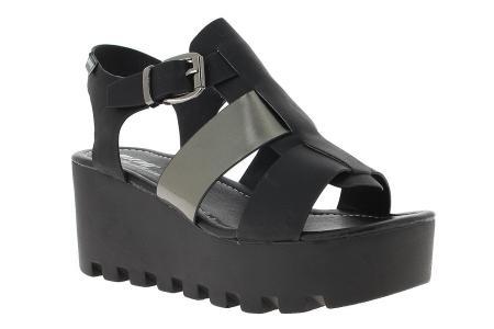 mustang ugly shoe