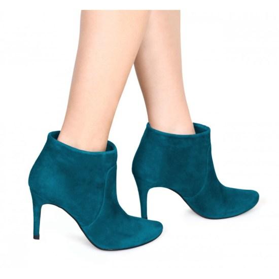 pretty-boot bylarin
