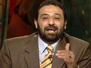 شقيقة مجدي عبد الغني عضو اتحاد الكرة تتهمه بالسرقة