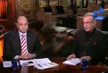 علاء مبارك للسفير الجزائري : لو عندك كرامة اطلع من مصر  احداث مباراة مصر والجزائر
