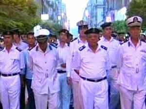 تشييع جثمان المقدم محمد عبدالعال في جنازة عسكرية بسوهاج