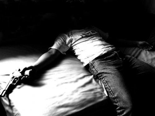 انتحار 12 شخصا بولاية تيزي وزو في الجزائر