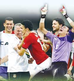 المنتخب المصري في طريقه لاحراز اللقب للمرة الثالثة من بوابة الجزائر