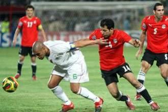 اول الاكاذيب الجزائرية قبل مباراة مصر والجزائر | انجولا 2010
