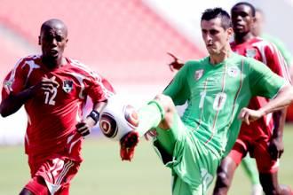 اضحك مع سعدان : الحرارة والرطوبة سبب هزيمة الجزائر امام ملاوي