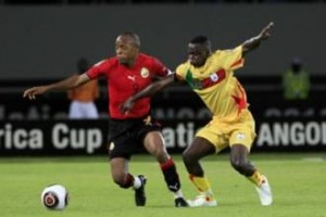 منتخب مصر في صدارة مجموعته بعد تعادل موزمبيق مع بنين