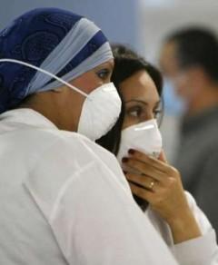الشنطة الصينية لـ انفلونزا الخنازير في الاسواق المصرية بـ 7,5 جنيه