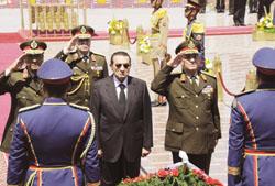 الرئيس حسني مبارك: مستقبل الأوطان لا تصنعه الشعارات والمهاترات