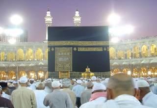 لا زيادة في اسعار تذاكر العمرة بـ مصر للطيران