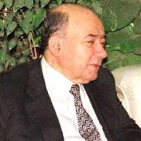 أسرة يوسف والي تطالب وزارة المالية بتعويض 50 مليون جنيه
