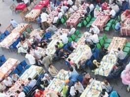حكاية موائد الرحمن في رمضان للافطار و السحور