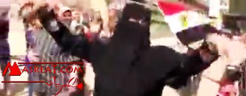 بالفيديو رقص منقبة على اغنية بشرة خير في انتخابات الرئاسة