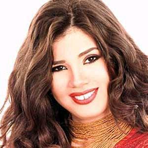 رانيا فريد شوقي لا ترتدي المايوه في رمضان