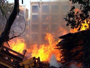 اصابة 12 فتاة ومشرفة في حريق بيت الطالبات في الزقازيق