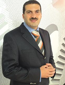 عمرو خالد متهم بتزييف التاريخ والإساءة لمصر