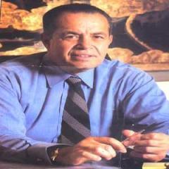 قبول استقالة وزير النقل المصري محمد منصور بعد حادث العياط