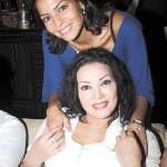 ليلى غفران و ابنتها