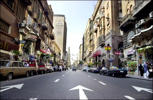 هبوط ارضي وسط القاهرة واخلاء 5 عمارات و25 محلاً وتحويل المرور
