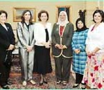 السيدة سوزان مبارك خلال اللقاء مع عضوات مجلس الأمة الكويتى
