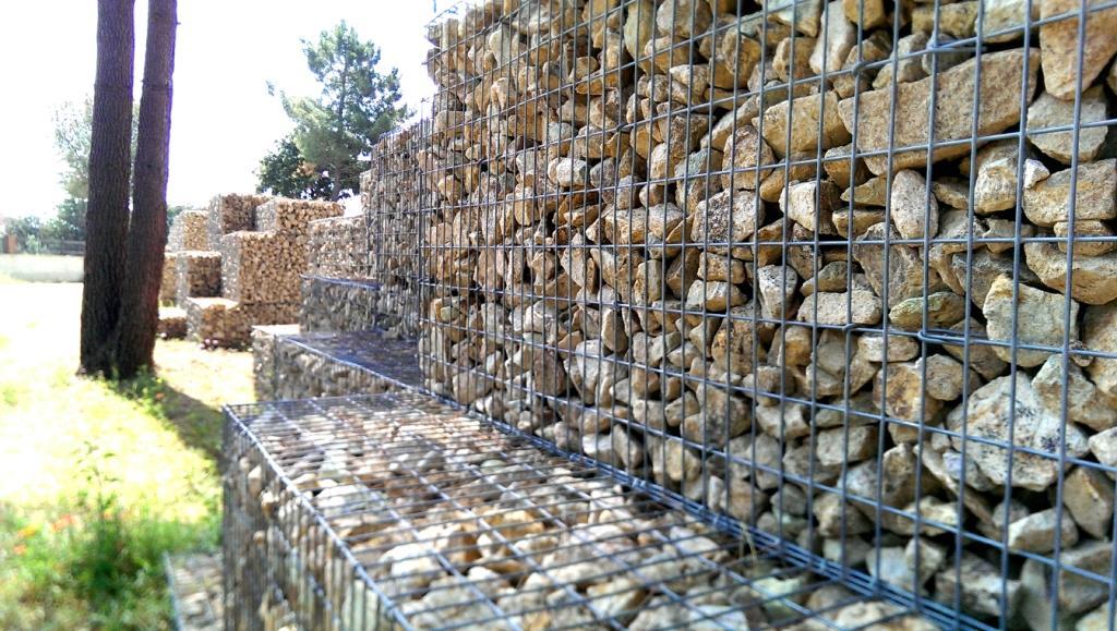 Muro de gaviones de piedra