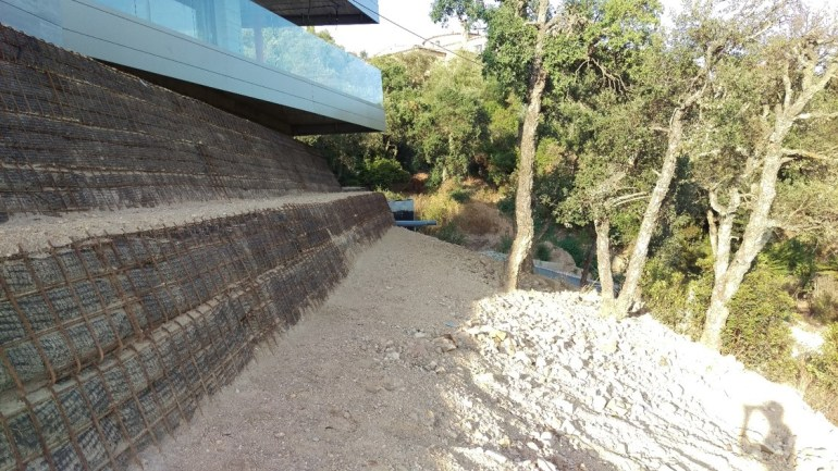 Construcció mur verd 13