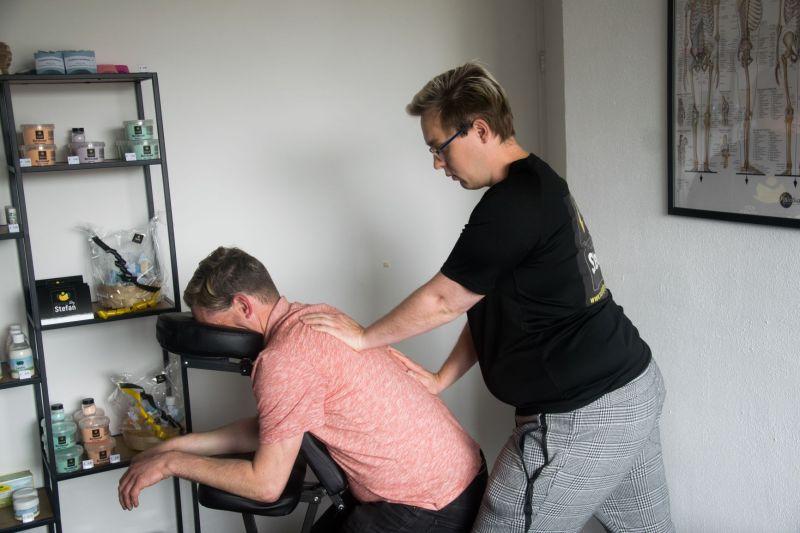 Stoelmassage is een korte APK voor het lichaam!