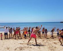 Los chinijos de Arrecife disfrutan de talleres infantiles en Playa El Reducto