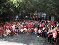 El rosa se adueñó de la Avenida Marítima de Arrecife durante la celebración de la II Caminata contra el cáncer