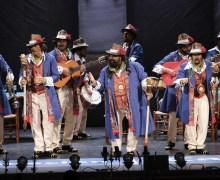 La Chirigota del Canijo trae el salero gaditano al Teatro Municipal de Tías