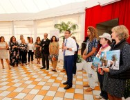 Teguise se promociona como destino turístico con sus residentes extranjeros como protagonistas