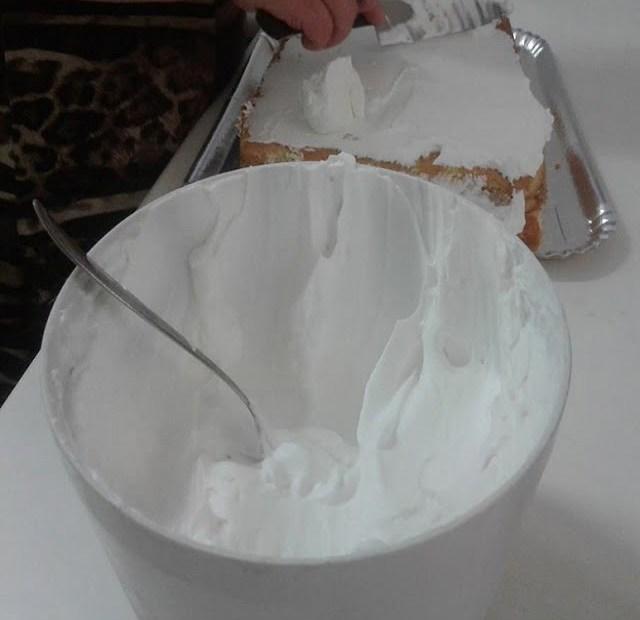 Glacê Real Para Bolos e Cupcakes com 3 Ingredientes