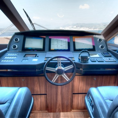 CRUSCOTTO YACHT 1