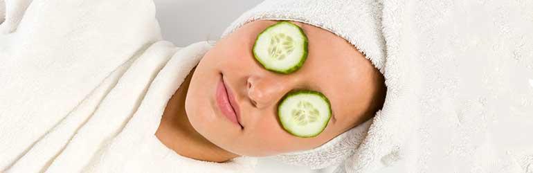 Μάσκα με αλόη βέρα, αγγούρι και αιθέριο έλαιο καρύδας για τις ρυτίδες ματιών