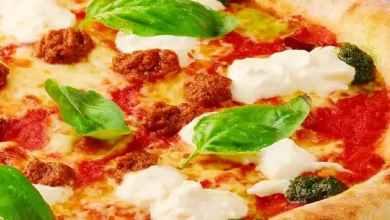 طريقة عمل عجينة البيتزا الإيطالية الهشة