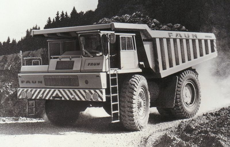 Mb058 Faun Dump Truck