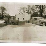 Ilusão de ótica em cenários reais com miniaturas de carros antigos