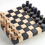 Jogo de xadrez campeão com cubos e cilindros de madeira