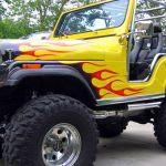 Labaredas para incendiar a pintura custom do Jeep Willys CJ5