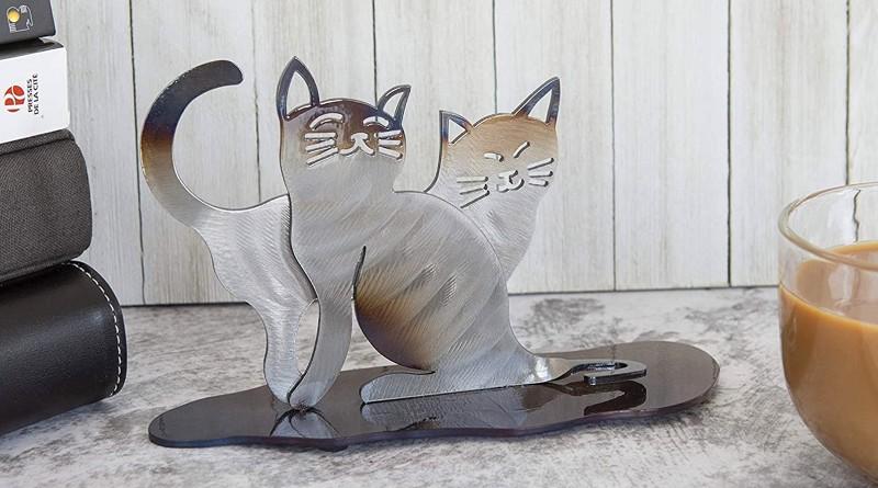 Gatinhos de metal para decoração