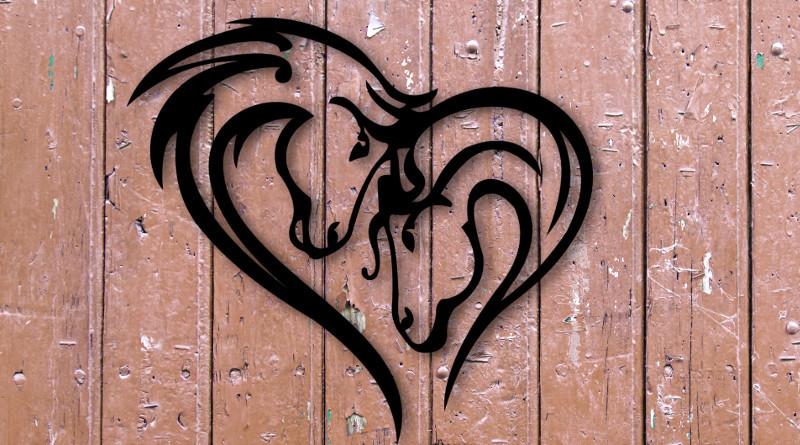 Parelha de cavalos para decoração de sítio ou fazenda