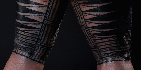 Image 3: Samoan man's pe'a tattoo