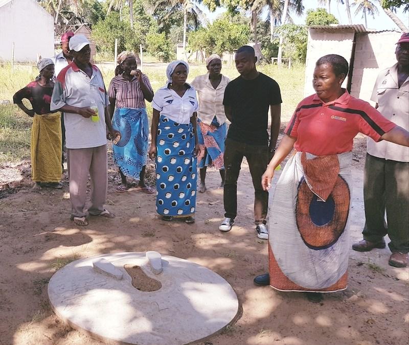 """Better Latrines – """"Latrinas Melhoradas"""" in Mozambique"""